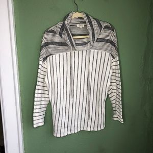 Umgee Gray & White Striped Cowl Neck Pullover S